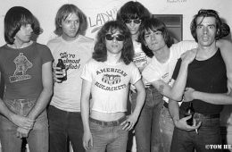 Ramones with John Holmstrom and Legs McNeil. photo by Tom Hearn